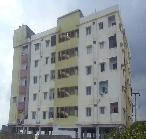 Residential Apartment for Sale in Alakapuri apartments, gopal puram., Khammam